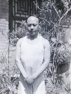 抗战时期的李苦禅先生。